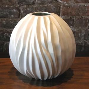 Napali porcelain vase