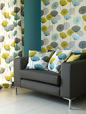 Top 10 contemporary floral wallpapers