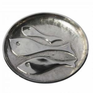 Shoaling fish platter