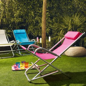 Comfy, contemporary deckchairs