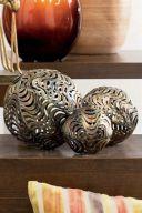 Decorative metal lattice balls