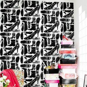 Manolo Blahnik style shoe design wallpaper