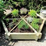 Grange herb wheel planter: Create a herb garden