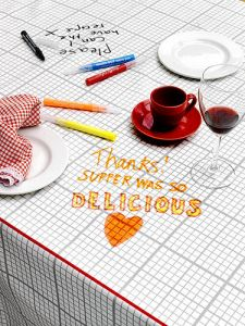 Draw the menu on your tablecloth
