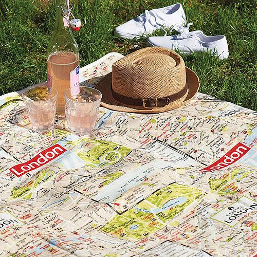 London map picnic rug