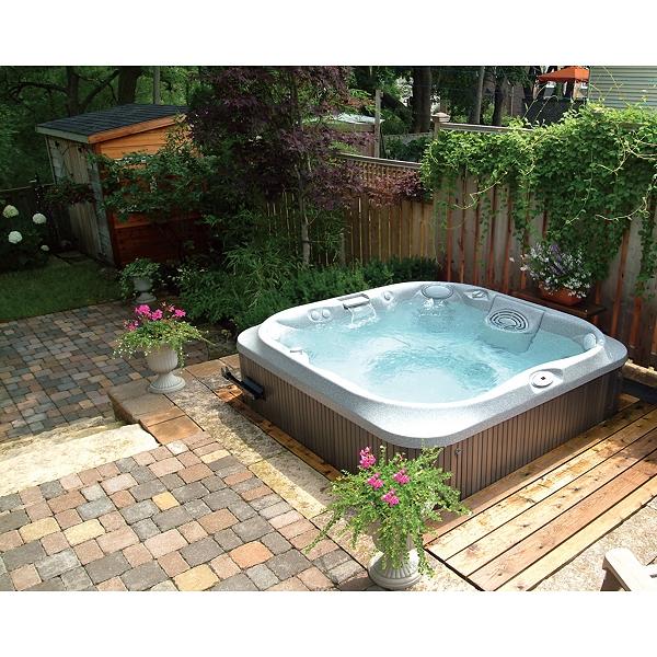 Superb Contemporary Garden Hot Tub Jacuzzi