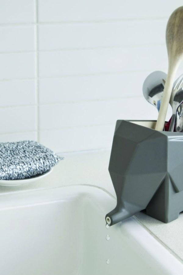 Fresh Design finds: Jumbo elephant design cutlery drainer