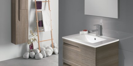 Earthy natural bathroom trend