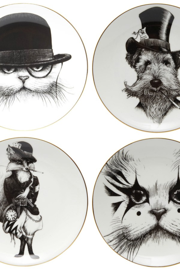 Animal charm: Plates with character by Rory Dobner