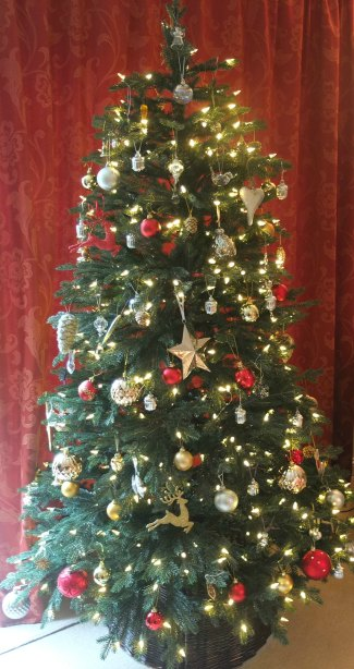 Balsam Hill Christmas Tree.Realistic Artificial Christmas Tree From Balsam Hill