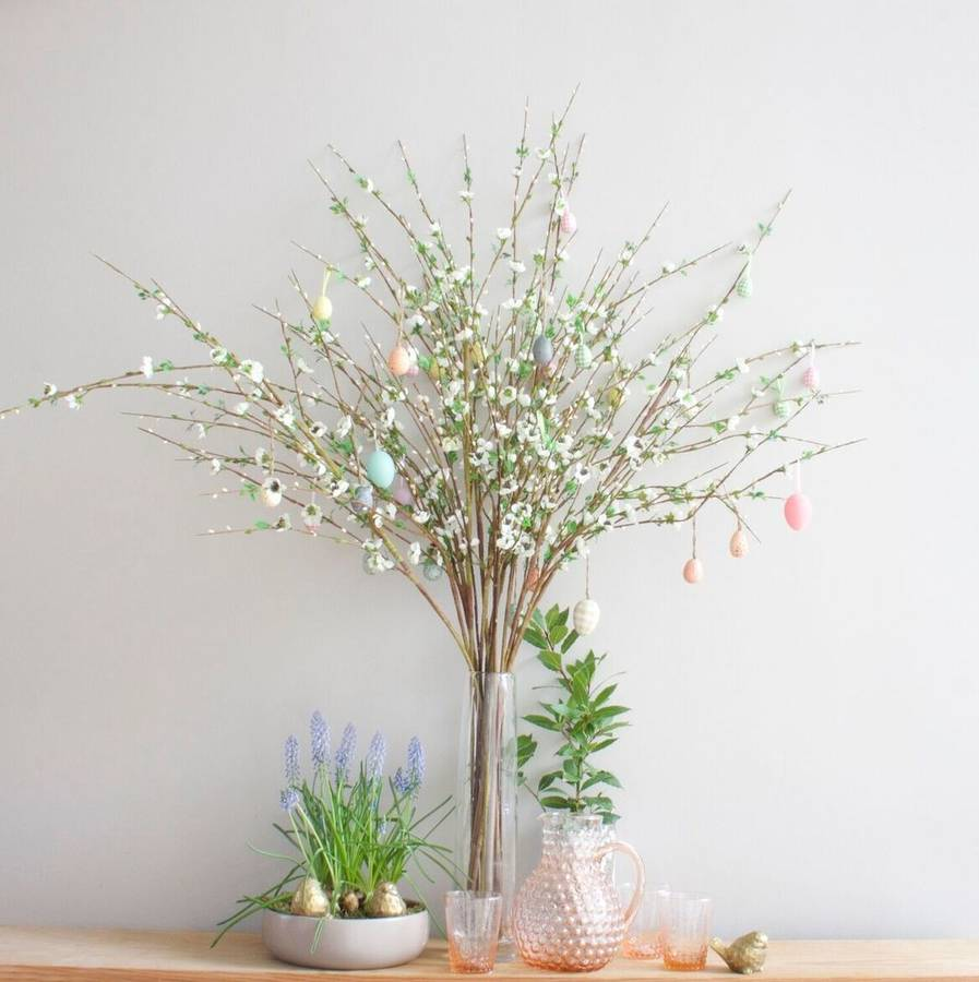 Beau Gorgeous Blossom Spray Of Twigs And Flowers   Perfect For Creating A  Stylish Easter Or Spring