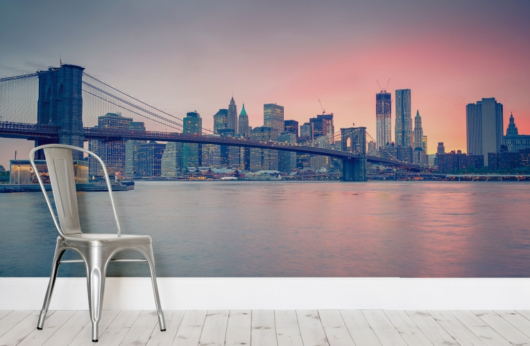 Cool Transport yourself to New York with this sunset mural