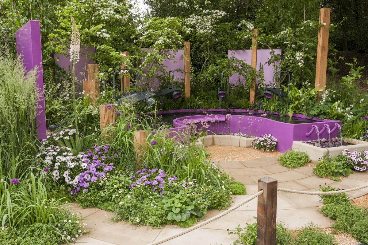 papworth trust together we can garden designed by peter eustance for the rhs chelsea - Garden Design Trends 2016