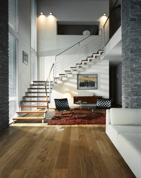 Love the way that engineered oak flooring can create a wow factor floor! It looks gorgeous in a modern home and this oak floor has lovely colouring.