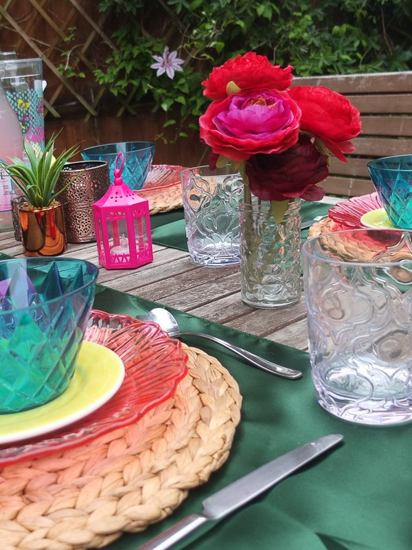 Essential elements of an outdoor garden party