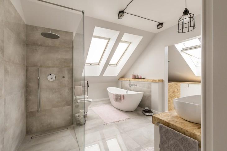 Sandy chic beach themed bathroom suitable for a modern or contemporary home