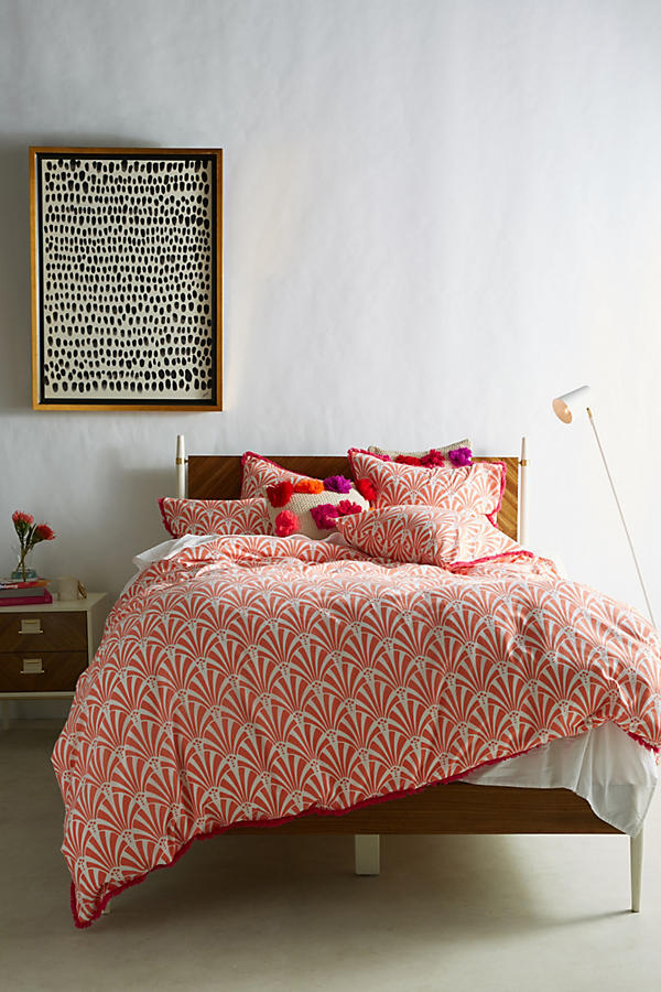 Add some art deco style to your bedroom, with this printed coral design duvet set