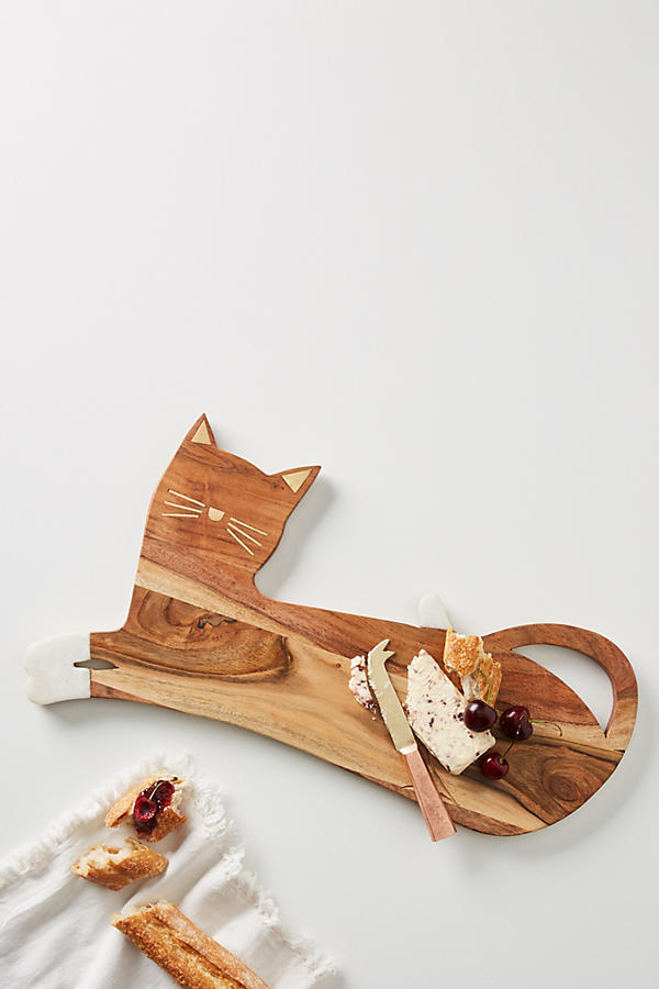 One for feline fans! The house cat cheese board is delightful