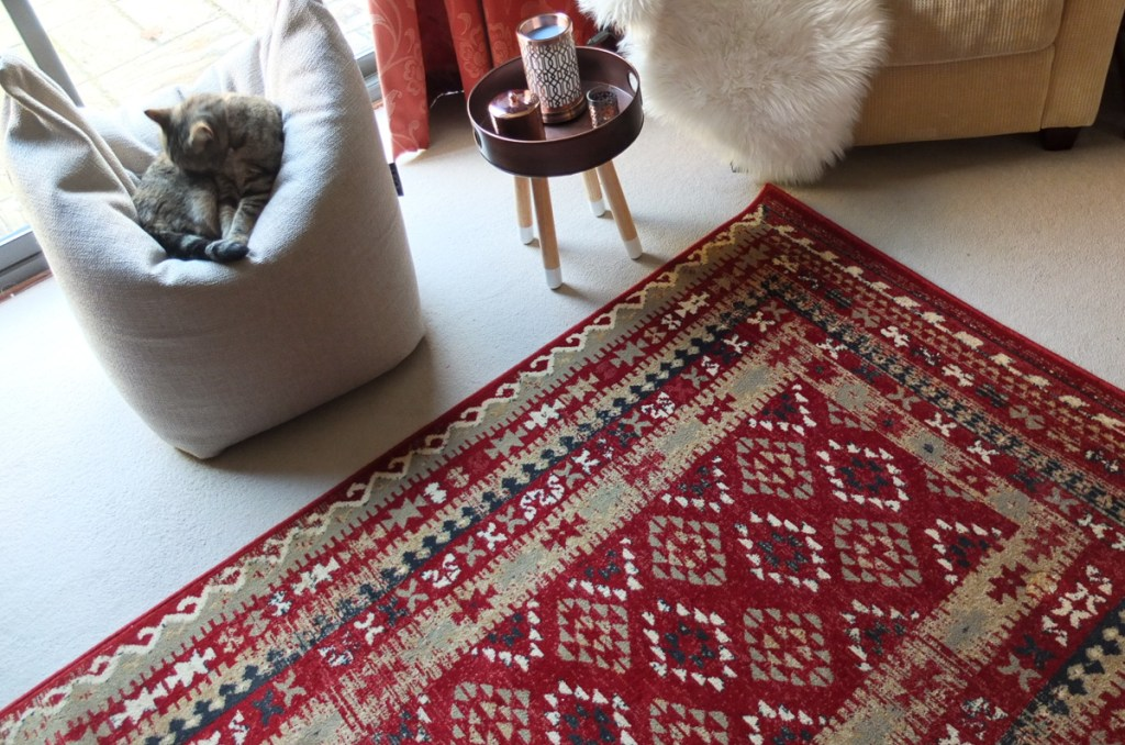 Loving the colour and design of the Royal Keshan machine woven rug, which is rich in colour and pattern