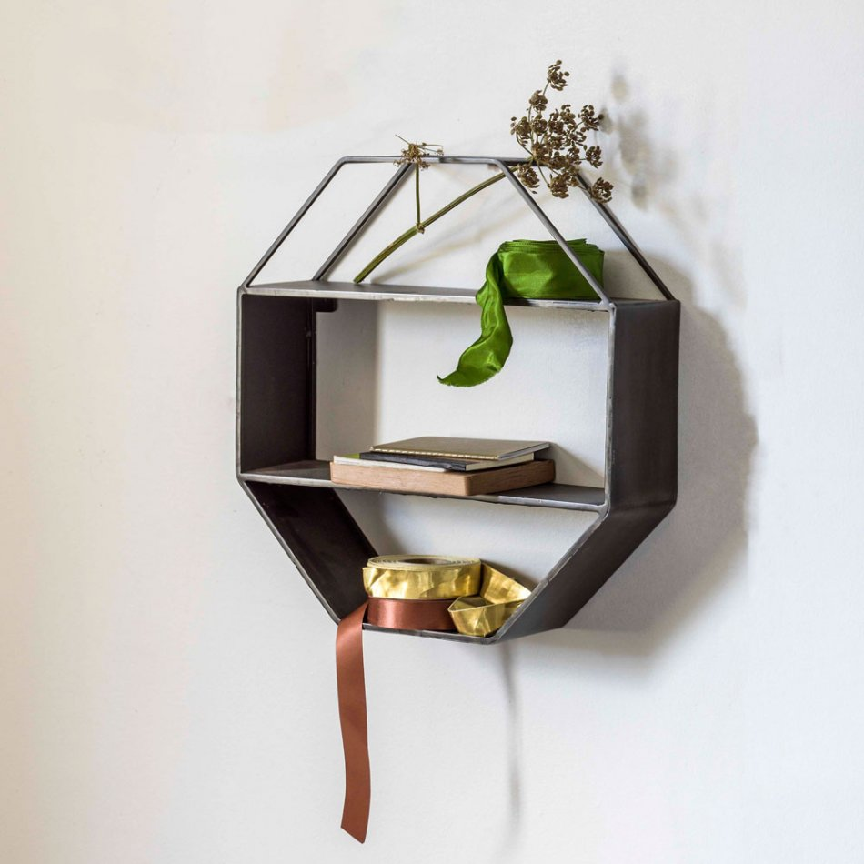 What a lovely way to display plants, pictures or favourite accessories - this shelf makes a real statement on the wall.