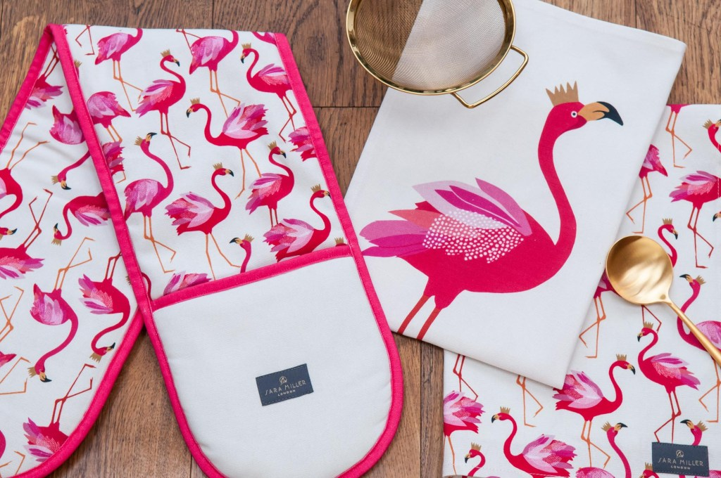 Who could resist a pink flamingo design? We certain;y can't!