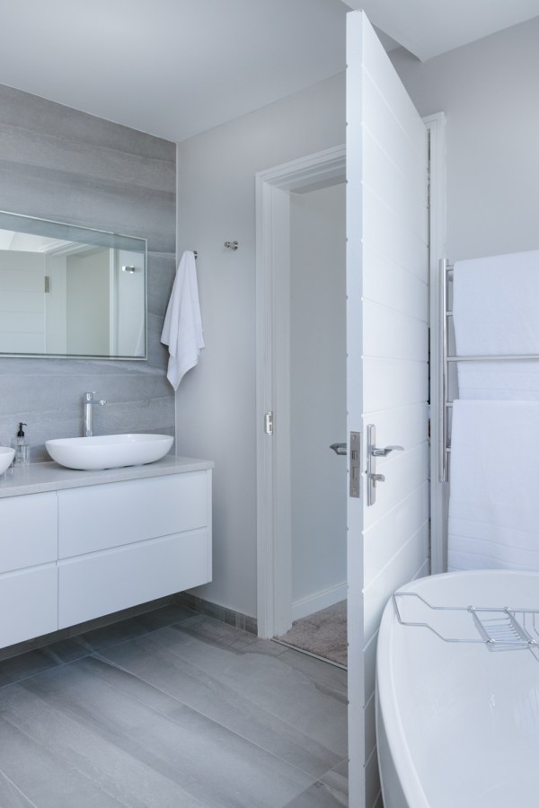 Using Wall Panels In Your Bathroom Design