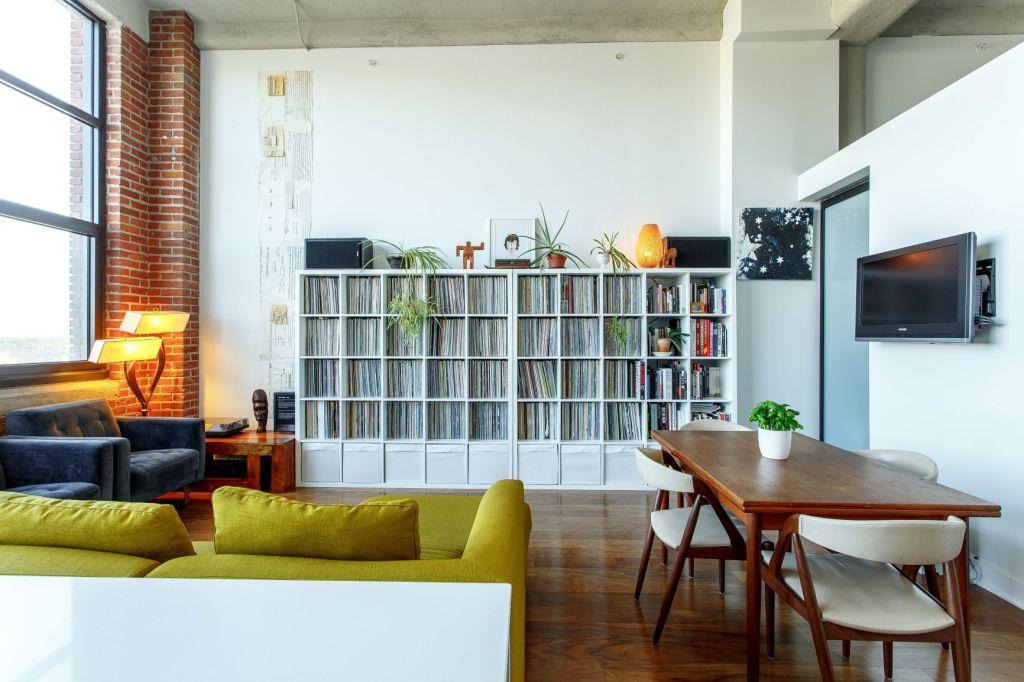 New York loft style living room idea
