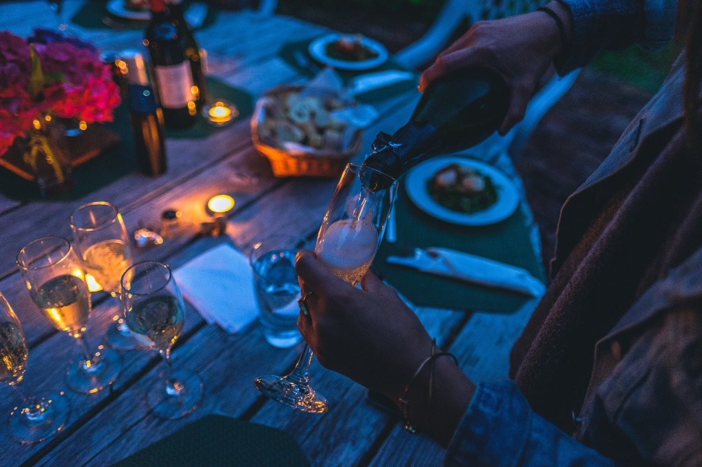 Create a cosy outdoor space to have a Covid-friendly dinner party
