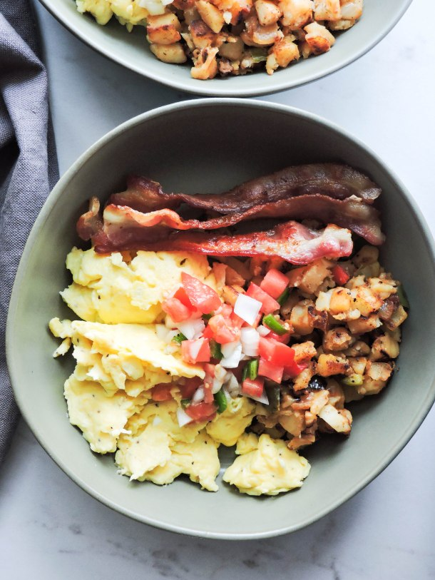 Easy Breakfast Burrito Bowl Recipe