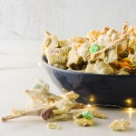 Reindeer Food Snack Mix