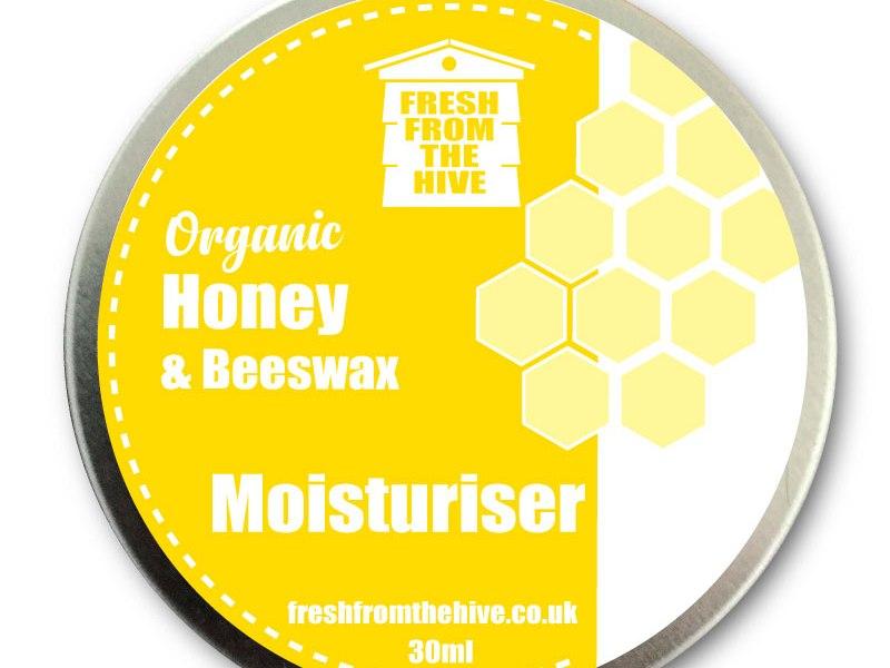 Honey and beeswax skin moisturiser