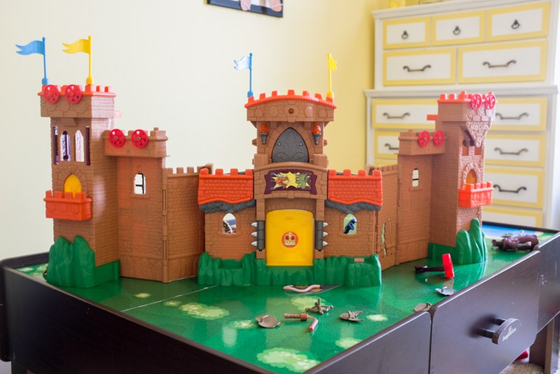 play castle