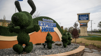 Deal on Cedar Point Hotel - Book Now