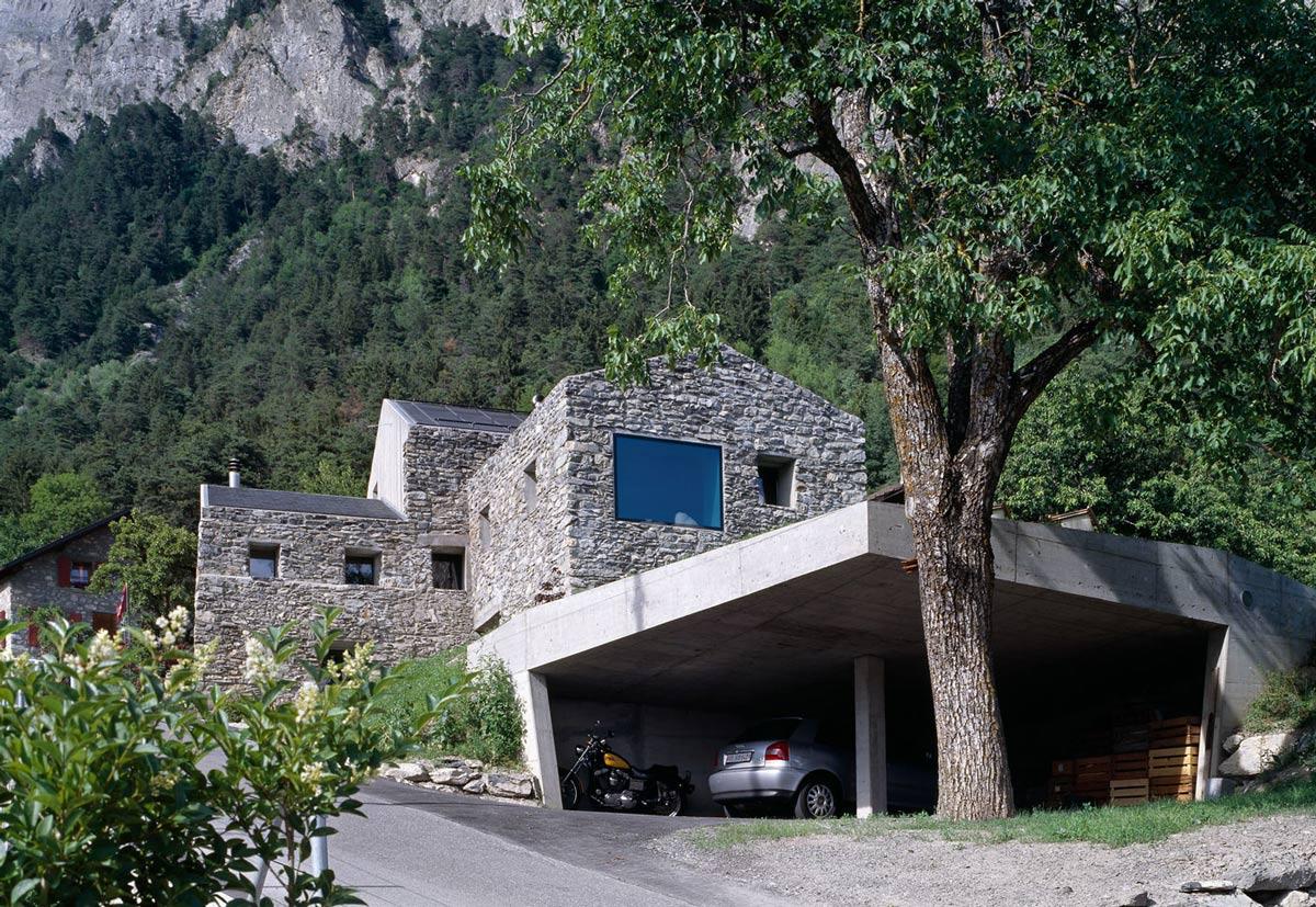 Car Port, Renovation in Chamoson, Switzerland by Savioz Fabrizzi Architecte
