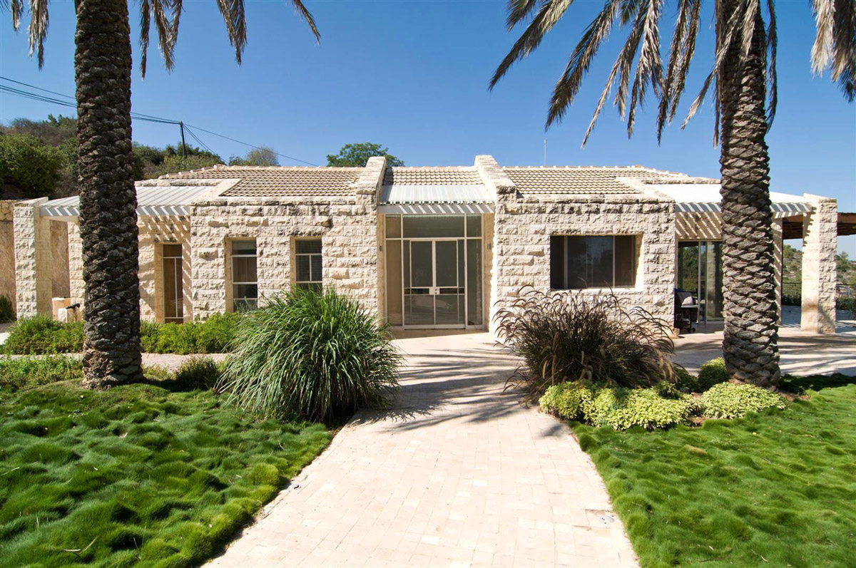 Entrance Contemporary Stone House In Jerusalem Israel
