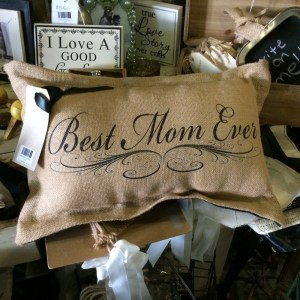 To Mom, With Love: Last-Minute Gift Ideas