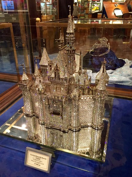 Model of its a small world