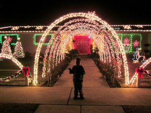 Fresno/Clovis Holiday Homes – Lighted Tour 2015