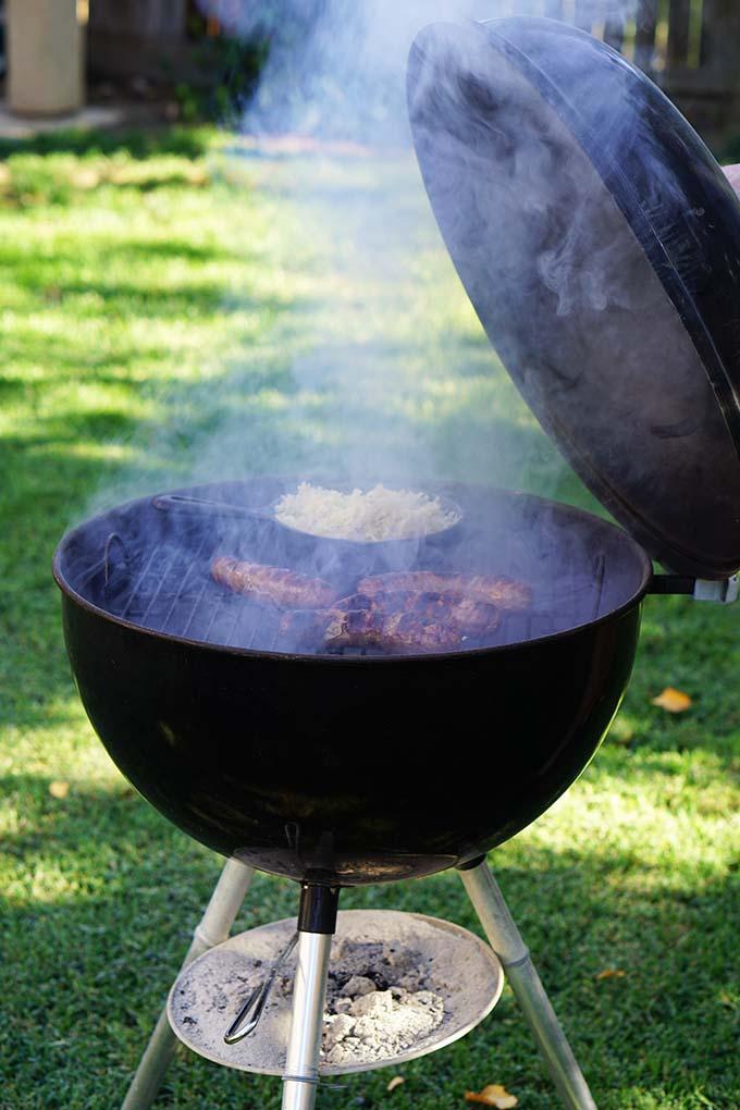 grilling_brats