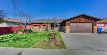 Three Bedroom Move In Ready Fresno Home