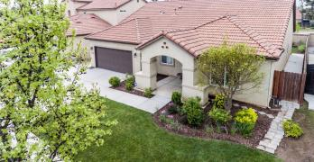 Gorgeous Move In Ready Clovis Unified Home