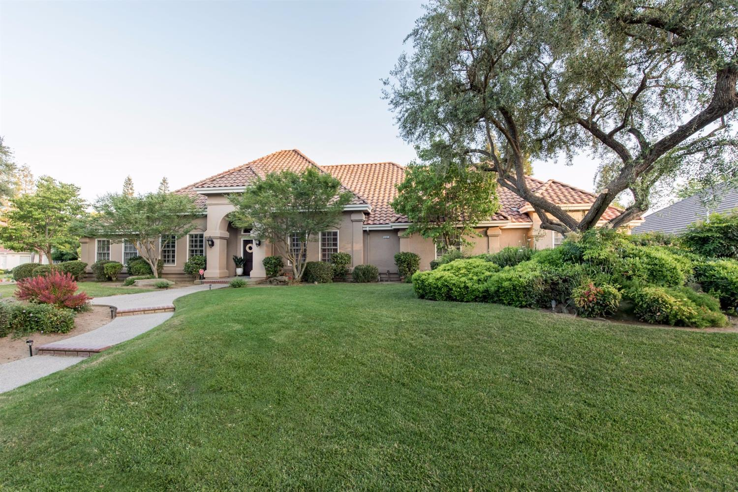 Gorgeous Move In Ready Home In Chelsea Knolls Ii Fresyes