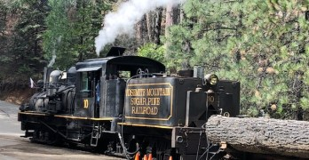 10 reasons to visit the Yosemite Mountain Sugar Pine Railroad