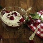Rote Grütze aus Zwetschken, Himbeeren & Erdbeeren