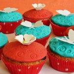 Dekorierte Blüten & Schmetterlings-Muffins #vegetarisch