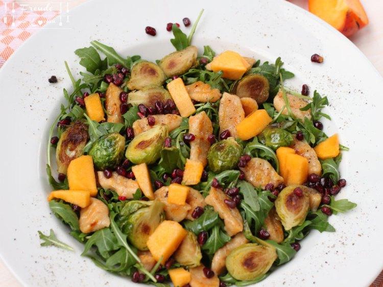 Kürbisgnocchi mit gebratenen Kohlsprossen auf Rucola vegan - Freude am Kochen