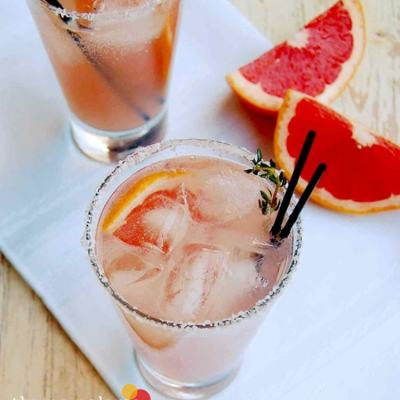 {Cocktail Friday} Thyme Paloma