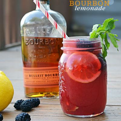 {Cocktail Friday} Blackberry Bourbon Lemonade
