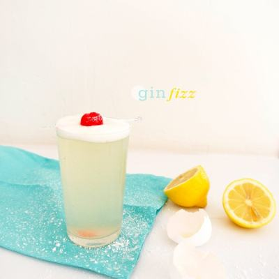 {Cocktail Friday} Gin Fizz