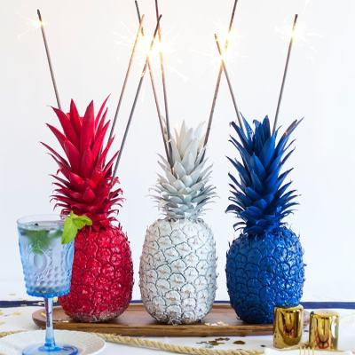 4th of July Pineapple Sparkler Centerpieces